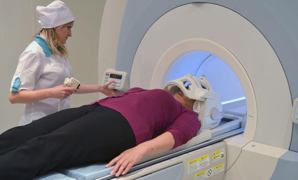Обследование внутреннего уха на томографе