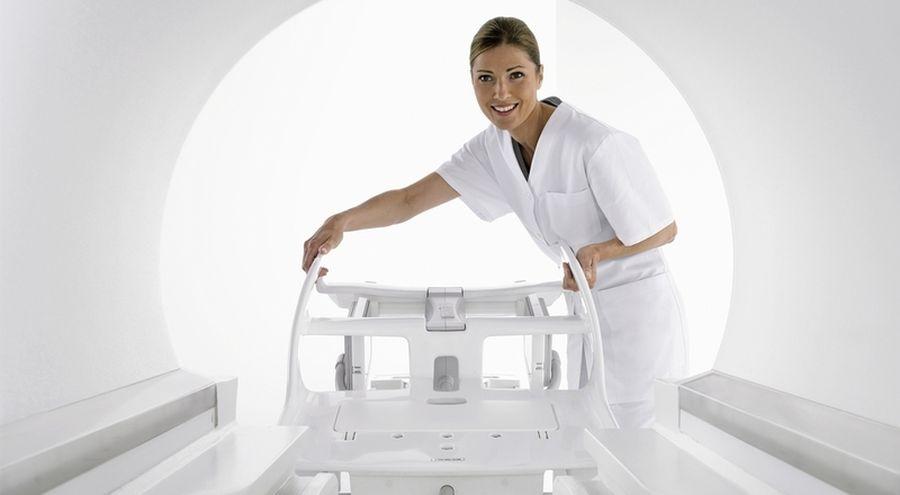Вид из тоннеля томографа