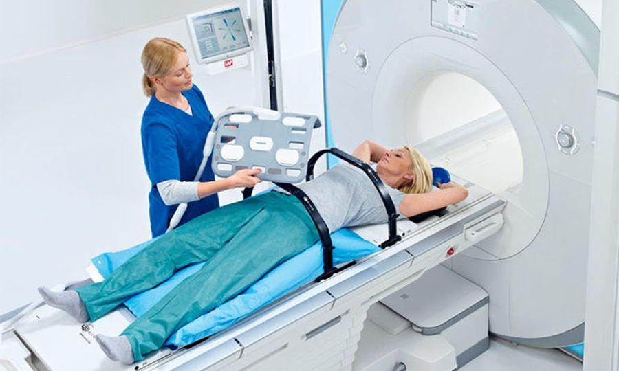 Исследование органов брюшной полости с помощью томографа